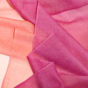 天祺绒毛制品供应各类围巾产品
