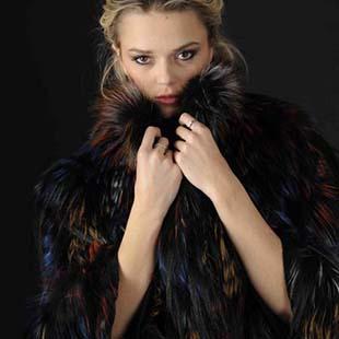 阿卡萨AKHESA ,让皮草更时尚,更奢华。