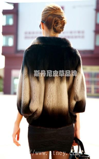 南京貂皮大衣的保养技巧