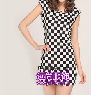 时尚的百搭LOge连衣裙批发今年流行夏季圆领服装