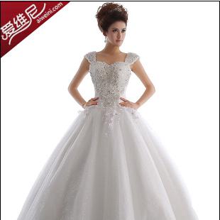 爱维尼婚纱加盟