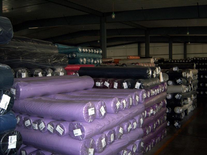 回收库存布料、收购库存服装