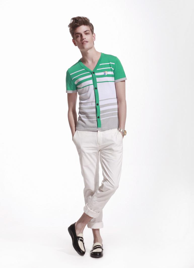 想加盟男装项目 深东浩时尚商务男装是您的选择