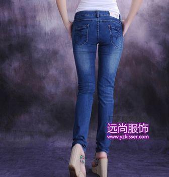 遵义韩版牛仔裤批发武汉时尚牛仔裤便宜批发
