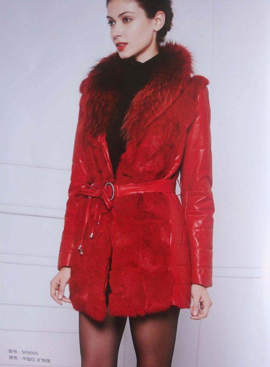 广州品牌女装折扣尾货女装折扣深圳女装品牌欣依服饰低价批发