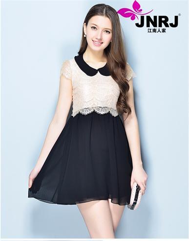 【江南人家】是当今最受女性欢迎的品牌之一,可以找到每季必备的流行元素