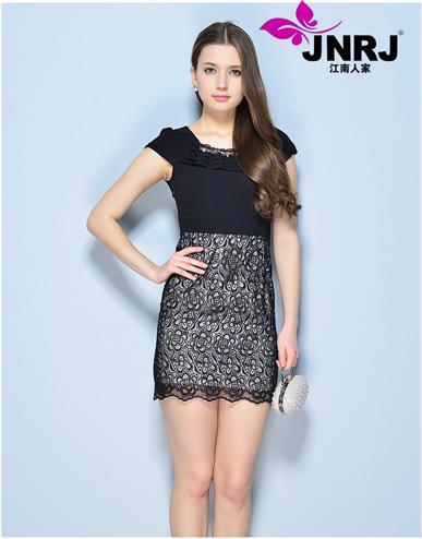 2014江南人家女装王国千万种款式,打造低风险的快时尚经营模式