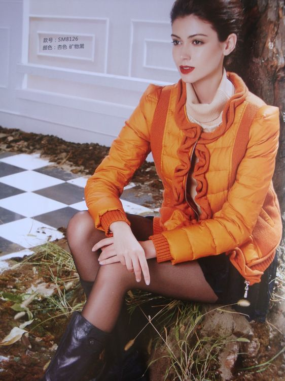 广州欣依大量一二线女装知名品牌秋冬女装折扣女装尾货库存批发