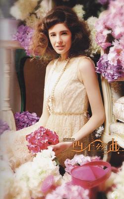 西子丝典塑造现代知识女性从容、优雅的健康形象