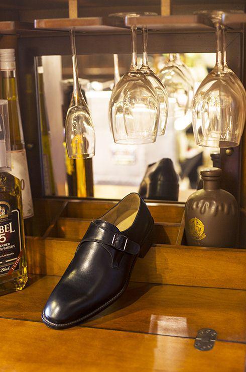 六库手工定制鞋相知相伴,成功的路上不再孤单