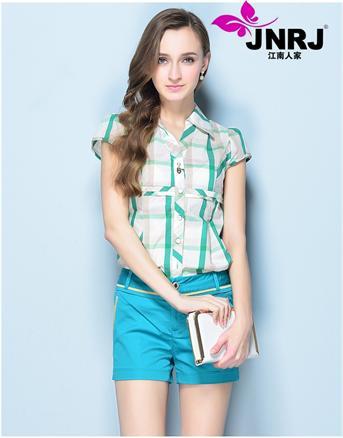 江南人家女装品牌服装行业新潮传奇,拿货品引领时尚,精诚合作,共同发展