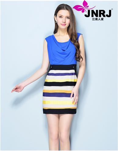 江南人家时尚品牌女装简约而又清爽的爆款单品,让这个夏季美翻天