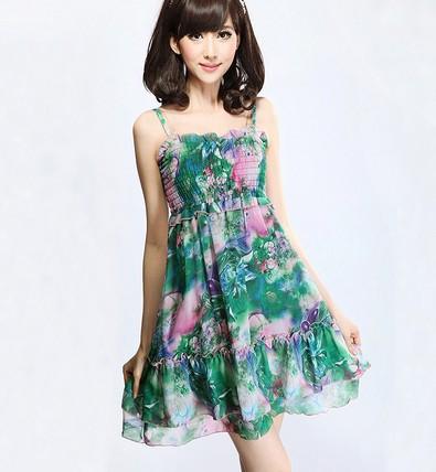 福建福州雪纺连衣裙供应一手货源雪纺碎花连衣裙处理