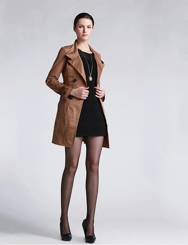 10000平米货源仓库,艾秀雅轩品牌折扣女装欢迎您实地考 察!