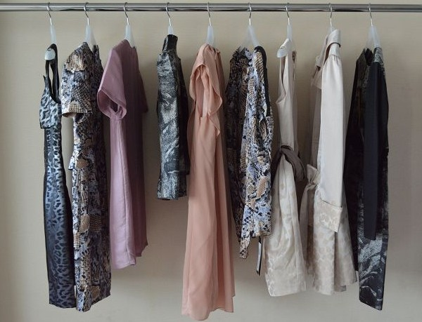 紫馨源女装折扣尾货,品牌女装尾货,折扣服装批发