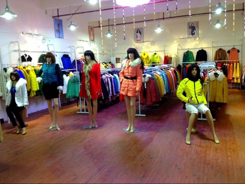 广州衣魅儿品牌折扣女装诚邀加盟