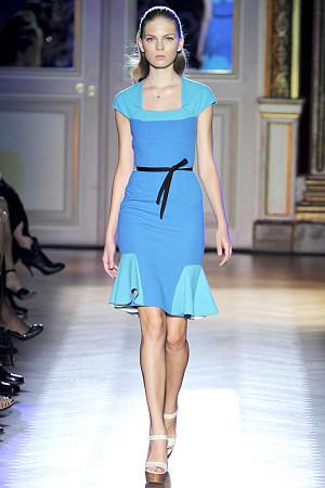 中高端外贸女装全部低于成本价抛货倾销