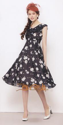 【西子丝典】折扣女装不仅成就了自主品牌产品的优质低价梦想,而且汇集千款万式