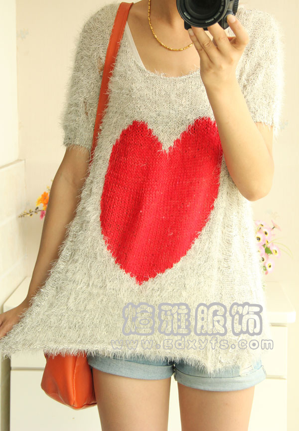 哈尔滨库存便宜棉衣批发厂家直销,低价毛衣批发