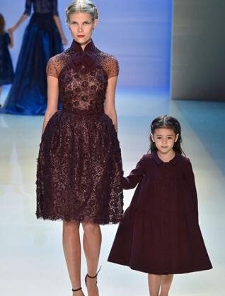衣爵士特亲子礼服品牌将亲情与温情融合一起