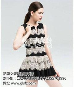 品牌女装批, 折扣女装批发,深圳中高档女装折扣