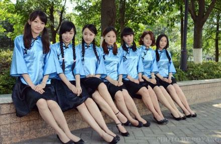 天津相声服装租赁、旗袍服装租赁、欧式宫廷服装租赁