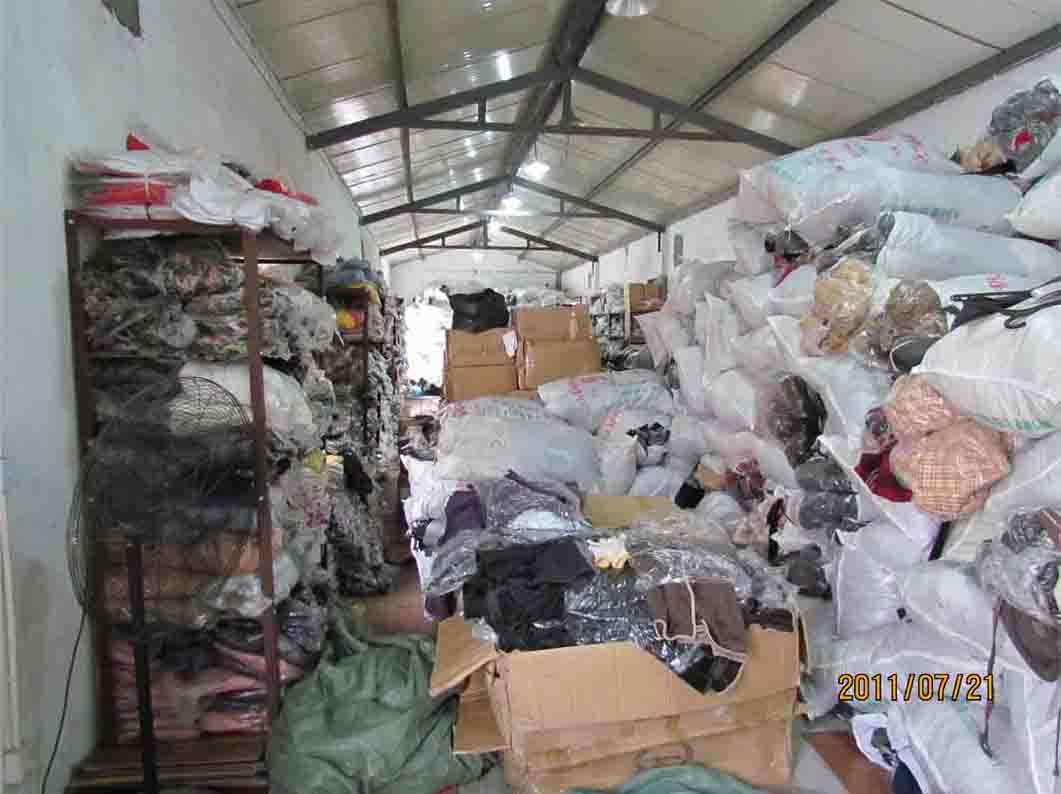 上海专柜品牌低价清仓咯绝对保证市场最低价
