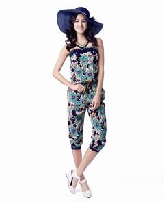伊芙嘉女装让女人们的衣橱丰富起来