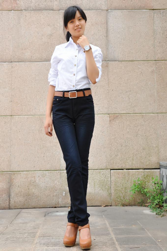 时尚女装宽松韩版t恤批发