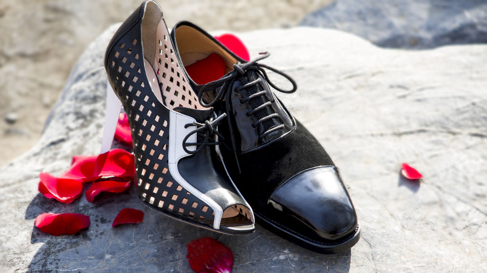 六库手工定制皮鞋:麂皮鞋款的保养