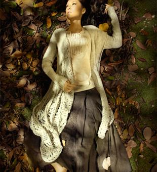 体验不一般心境,因为服饰带你进入深秋世界