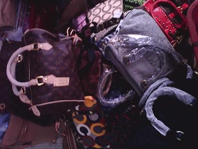 全国高价求购回收库存手袋