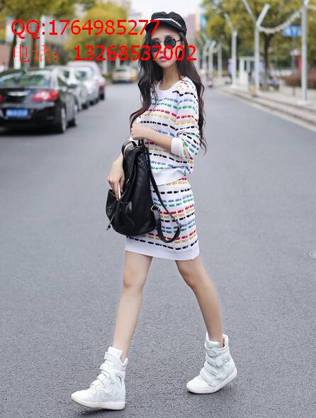 55元起时尚韩版套装连衣裙、针织套装低价批发