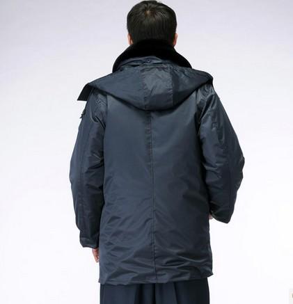 成都保安棉大衣哪里定做最方便划算?成都庞哲服装厂诚邀合作