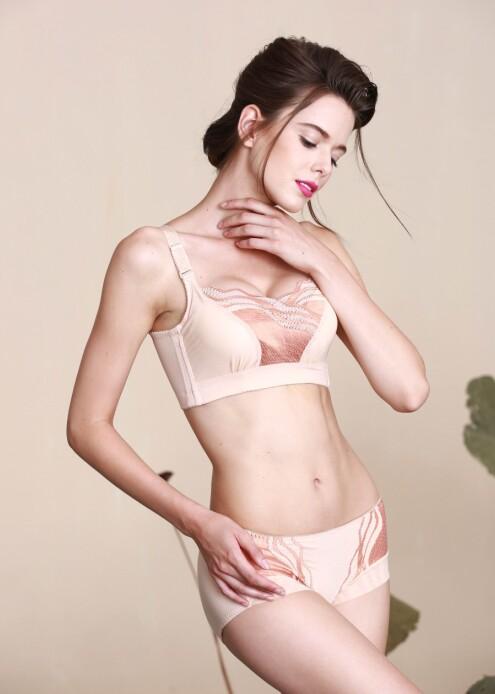 【拉美儿】健康调整内衣让女人的生活变成一种享受,诚邀加盟
