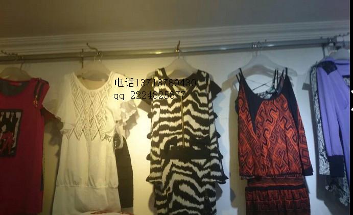 时尚大版毛衣大阪T恤杂款女装低价批发