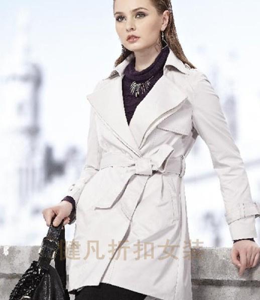 知名品牌折扣女装一手货源低价份货批发