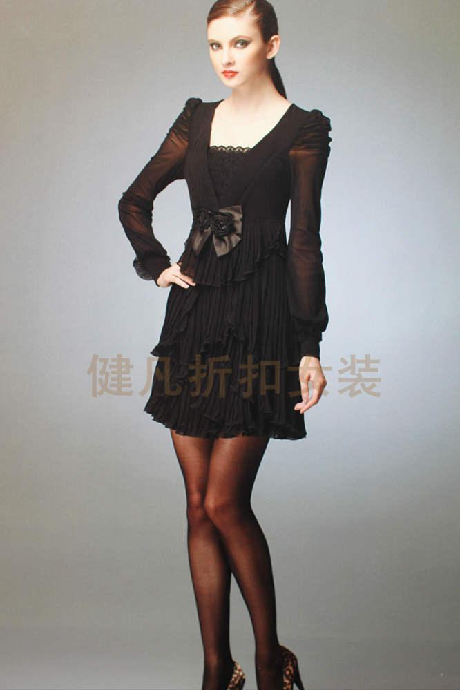 广州白马时尚女装厂家直销