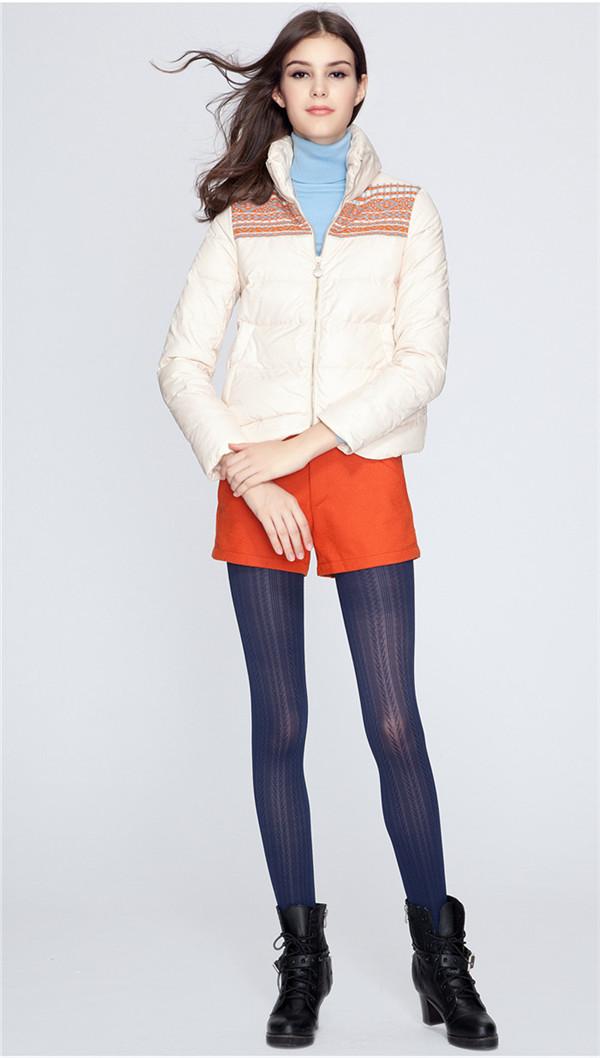 诚邀加盟【艾秀雅轩】折扣女装 发展最快的品牌折扣女装店