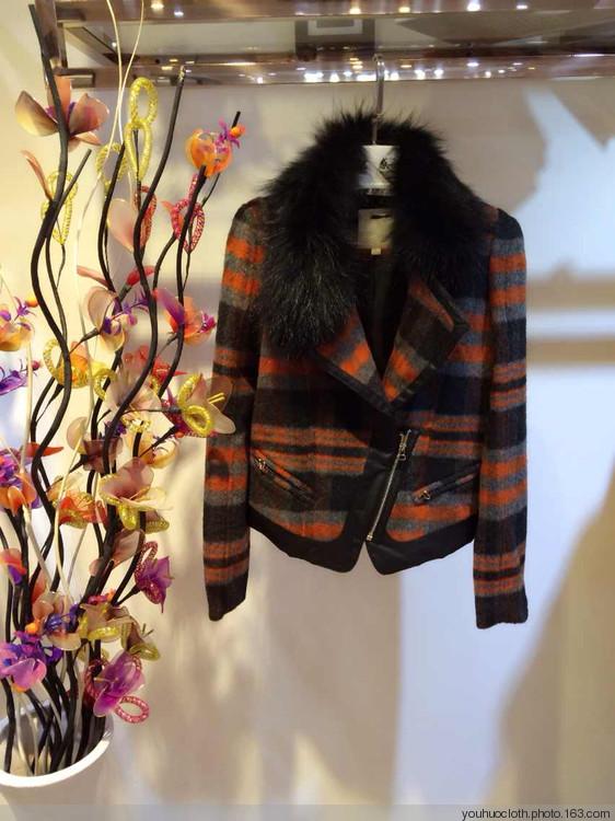杭州知名品牌尤西子冬装一二线品牌女装折扣批发