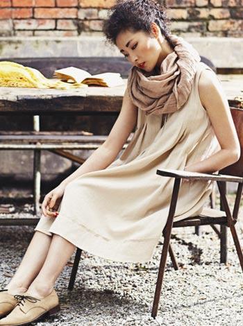 加盟【因为】品牌女装,2015新品系列开店创业好项目