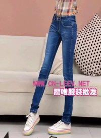 广东最便宜女式牛仔裤厂家批发