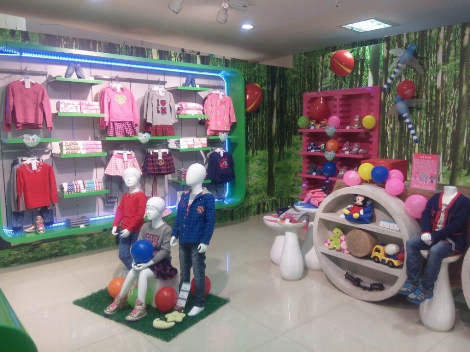 如何规避服装加盟风险,【莫多多】品牌童装给你答案,诚邀加盟
