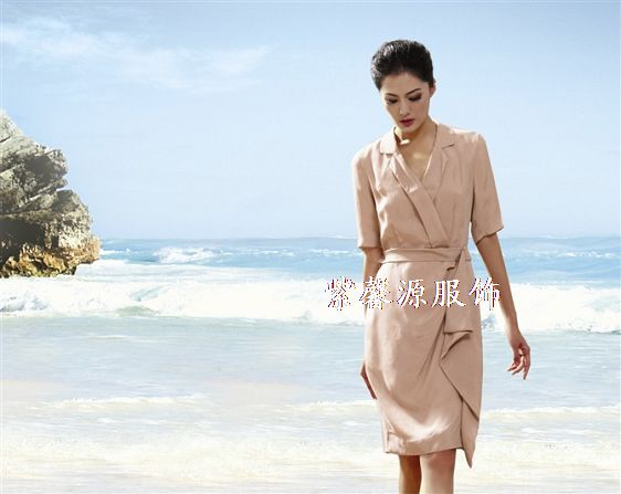 高端优雅女装品牌折扣服装一手货源批发