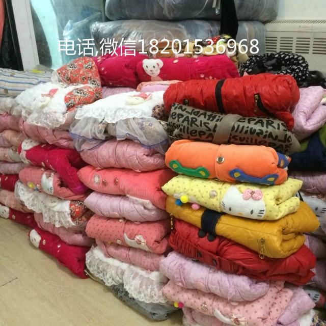 常年供应大量棉服外贸尾货批发