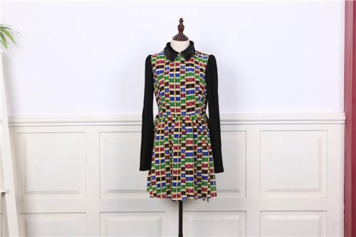 【迪薇娜】打造国内最大的品牌折扣女装,诚邀加盟