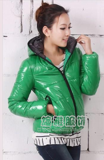 最流行便宜库存男女装棉服外套大量批发