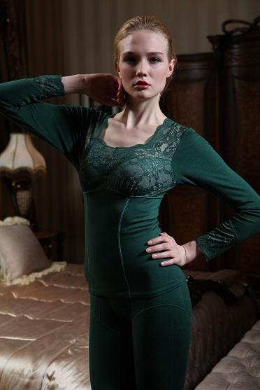 展现女性的妩媚身材的发热内衣定制