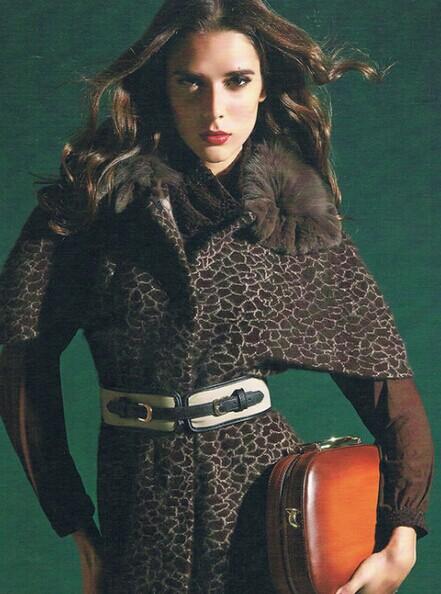 圣娜依儿韩版时尚大码品牌女装折扣批发