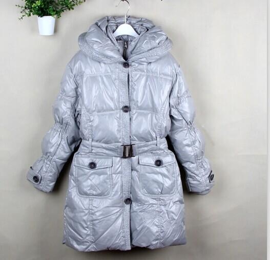 100%白鸭绒品牌冬款羽绒服尾货低价出售